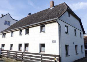 Braunschweig Ölper, Einfamilienhaus Mit Nebengebäuden